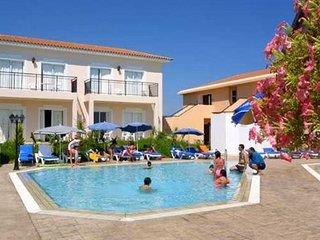 Отель Akamanthea Holiday Village 4* Пафос Кипр