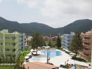 Отель Queen's Park Turkiz Family Club 2* Кемер Турция