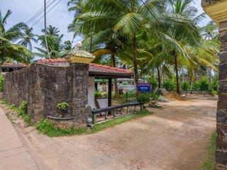 Отель Sea View Beach Hotel 2* Унаватуна Шри-Ланка