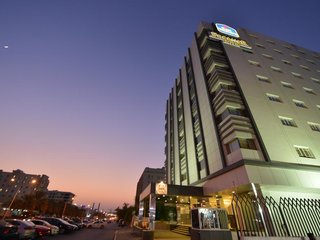 Отель Best Western Premier Muscat 4* Маскат Оман