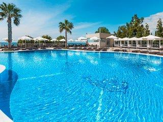 Отель Pomegranate Wellness Spa Hotel 5* Халкидики – Кассандра Греция