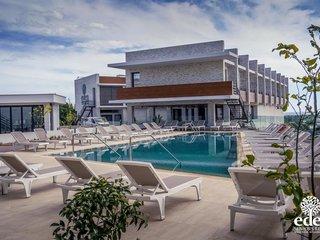 Отель Eden Resort 5* Ларнака Кипр
