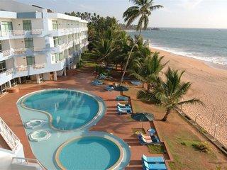 Отель Induruwa Beach Resort 3* Индурува Шри-Ланка