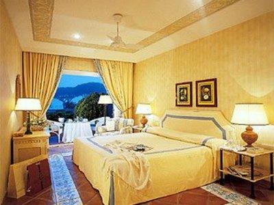 Отель Capri 4* о. Капри Италия