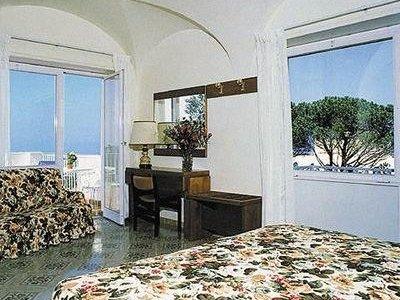 Отель San Michele Hotel 3* о. Капри Италия