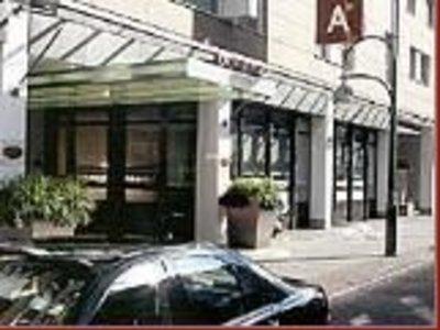 Отель Crowne Plaza City C. 4* Берлин Германия