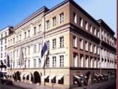 Отель Bayerischer Hof 5* Мюнхен Германия