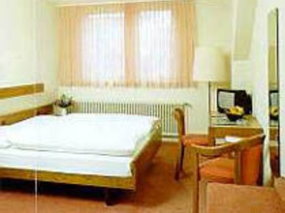Отель Kreuz 3* Берн Швейцария