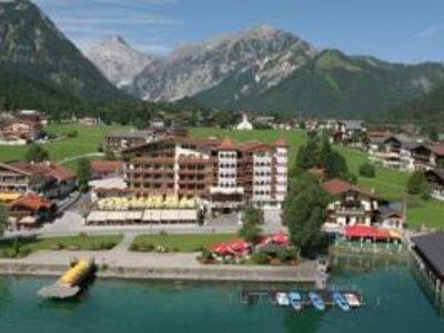 Отель Strandhotel Entner 4* Пертисау Австрия