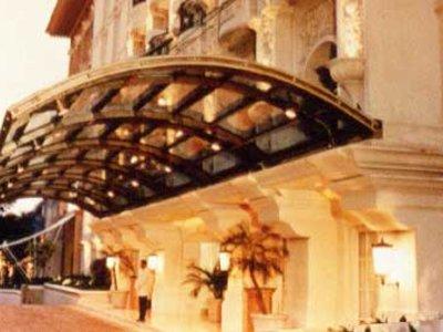 Отель Gran Mahakam 4* Джакарта (о. Ява) Индонезия