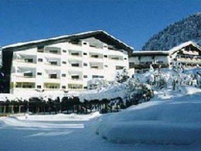 Отель Gastenhotel Tuemmlernof 5* Зеефельд Австрия