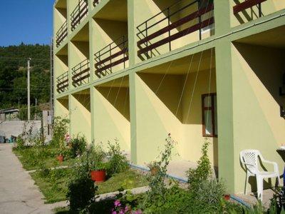 Отель Изумрудный 1* Солнечногорское Крым