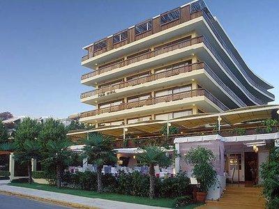 Отель Plaza Vouliagmeni 4* Афины Греция