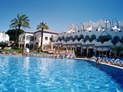 Отель Atlantic Club La Reserva APT 3* Коста Дель Соль Испания