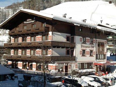 Отель Pinzgauerhof 3* Хинтерглемм Австрия