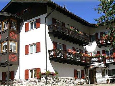 Отель Garni Tyrolia Hotel 2* Кампителло-ди-Фасса Италия