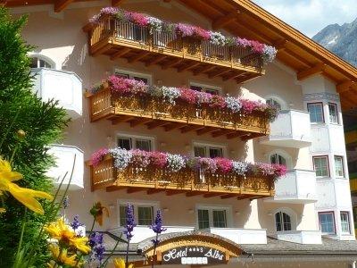 Отель Alba Hotel 3* Валь Ди Фасса Италия