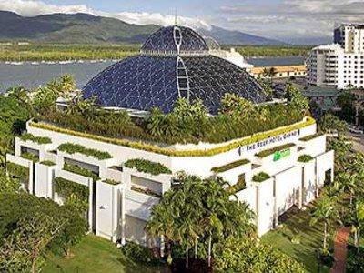 Отель Pullman Reef Hotel Casino Cairns 5* Кернс Австралия