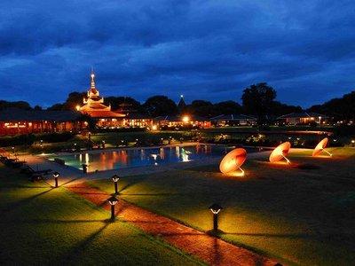 Отель Thiripyitsaya Sakura Hotel 4* Баган Мьянма