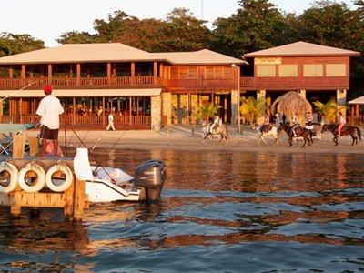 Отель Luna Beach Resort 4* о. Роатан Гондурас