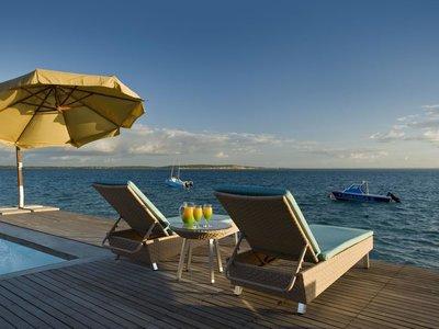 Отель Dugong Lodge 4* Базаруто Мозамбик
