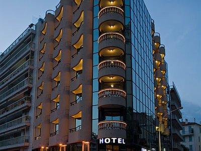 Отель Belle Plage Brougham 4* Канны Франция
