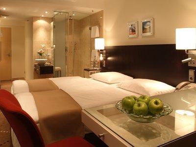 Отель Park Inn by Radisson Berlin Alexanderplatz 4* Берлин Германия