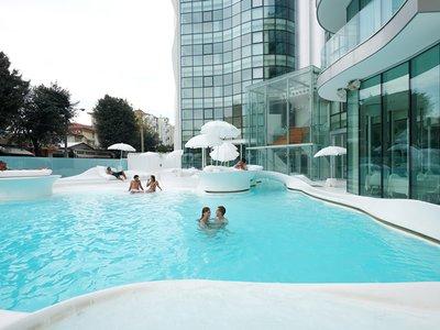 Отель I-Suite 5* Римини Италия