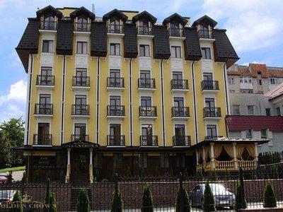 Отель Золотая Корона 3* Трускавец Украина
