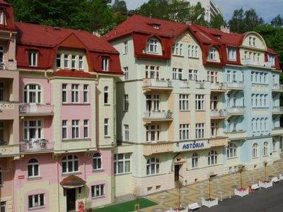Отель Astoria 3* Яхимов Чехия
