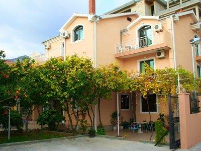 Отель Lesevic Villa 2* Будва Черногория