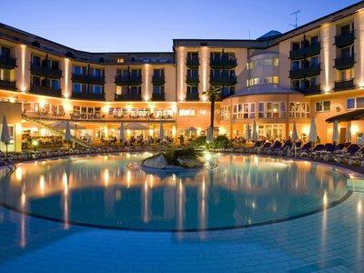 Отель Lotus Therme Hotel & Spa 5* Хевиз Венгрия