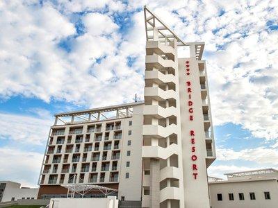 Отель Bridge Resort 4* Сочи Россия