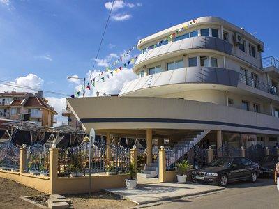 Отель Кораб Ренеса 2* Равда Болгария