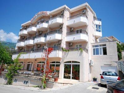 Отель Magnolija Hotel 3* Бечичи Черногория