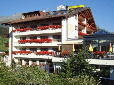 Отель Bergblick Hotel 3* Наудерс Австрия