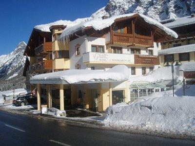 Отель Gundolf Hotel 3* Пицталь Австрия