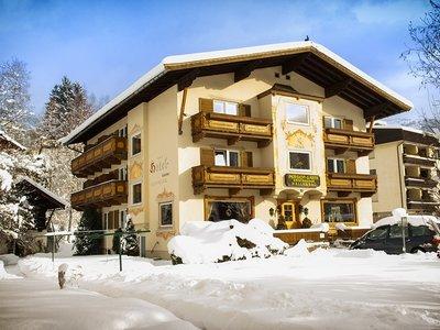 Отель Entstrasser Garni Hotel 3* Кицбюэль Австрия