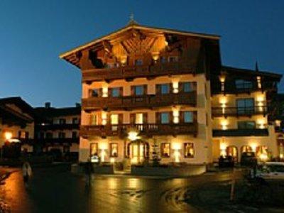 Отель Braeuwirt Hotel 4* Кицбюэль Австрия