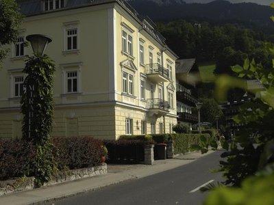 Отель Romantik Hotel Im Weissen Rossl 4* Санкт-Вольфганг Австрия