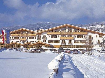 Отель Activ Sunny Hotel Sonne 4* Кицбюэль Австрия