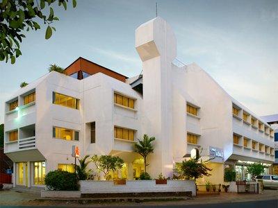 Отель Abad Hotel 3* Керала Индия