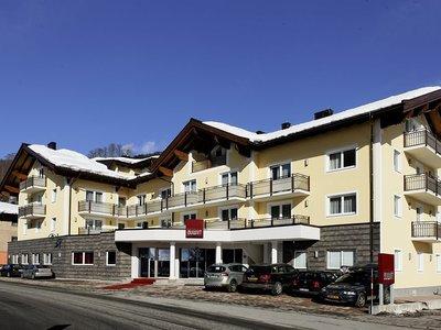 Отель Auwirt Zentrum Hotel 3* Заальбах Австрия