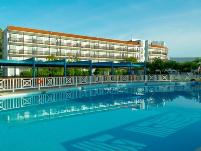 Отель Golden Coast Hotel & Bungalows 4* Аттика Греция