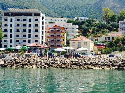 Отель Lungomare Hotel 3* Влера Албания
