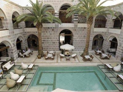 Отель Kanuni Kervansaray Historical Hotel 3* Чешме Турция