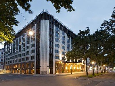 Отель Hilton Vienna Plaza 5* Вена Австрия