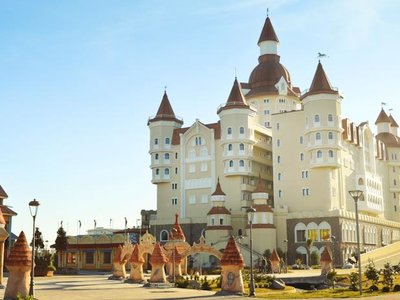 Отель Богатырь 4* Сочи Россия