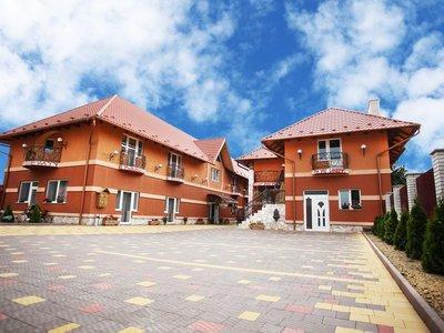 Отель Мираж 2* Берегово Украина - Карпаты
