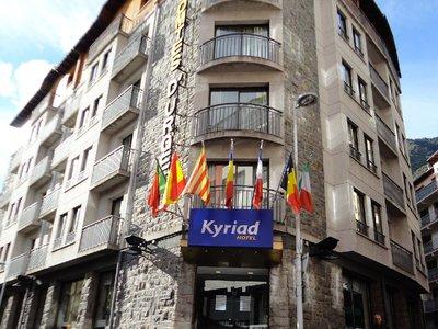 Отель Kyriad Andorra Comtes d'Urgell Hotel 3* Эскальдес - Энгордани Андорра